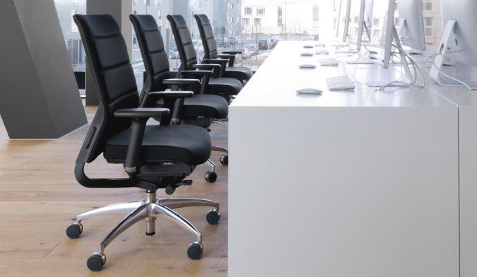 kėdės reguliavimas, sureguliuota darbo kėdė, patogus sėdėjimas, kėdės nugarėlės aukštis, kėdės sėdynės gylis, kėdės aukštis, kėdės porankiai, kėdės ranktūriai, vaikiška kėdė, patogi kėdė, biuro kėdė, darbo kėdė,