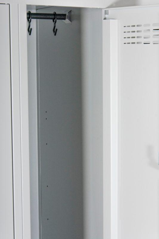 Metalinė persirengimo spinta darbuotojams || Drabužių spintelė rūbams || spinta drabužinei || Metaliniai baldai